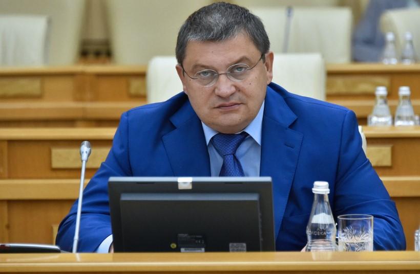 Министерство потребительского рынка Подмосковья полностью перешло на выдачу электронных лицензий
