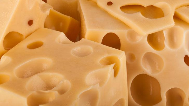Полиция задержала подозреваемых в хищении девяти тонн сыра