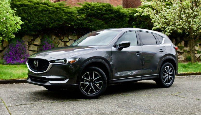 В Красногорске угнали автомобиль Mazda СХ5 стоимостью 1,5 млн руб.
