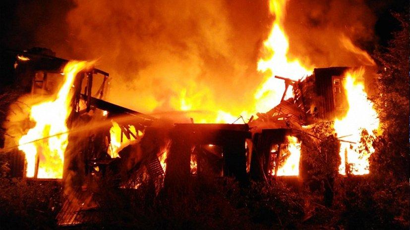 Пожар потушили в доме в Раменском округе